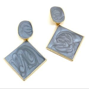 Gold and gray fashion statement earrings (v)